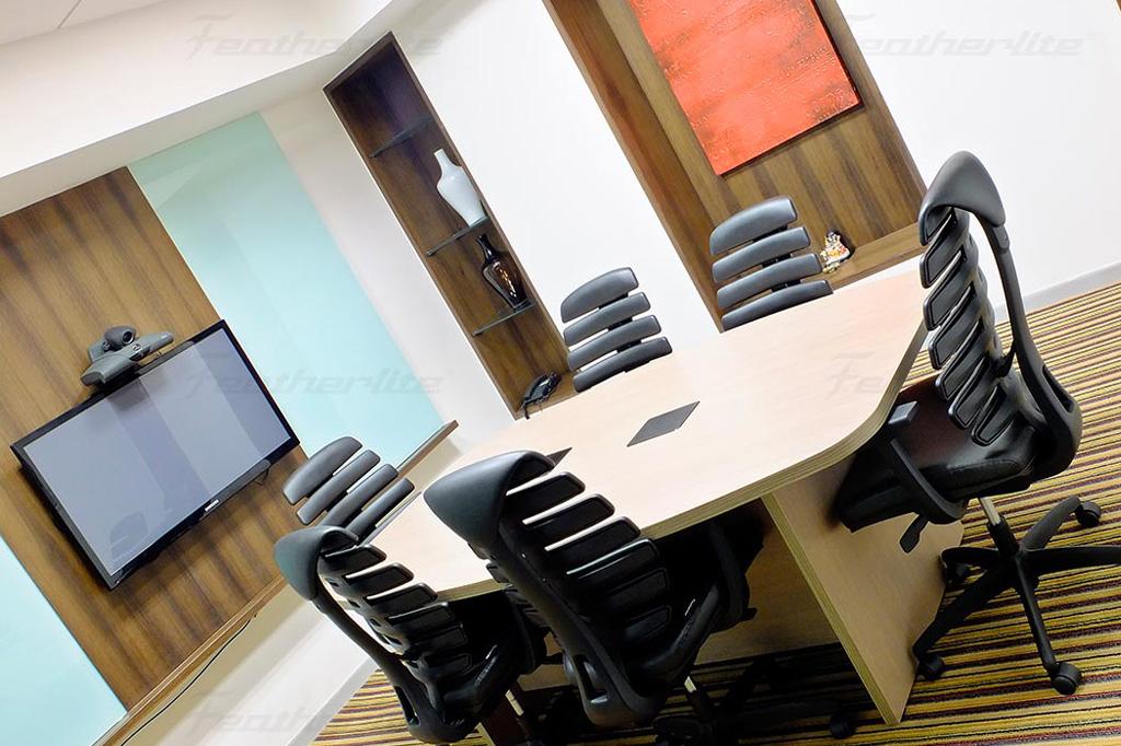 book Evoma boardroom