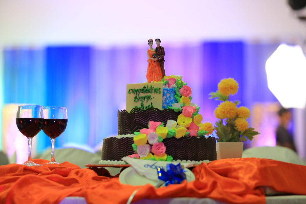 Wedding cake and catering at Evoma Bangalorewedding cake evoma bangalore catering